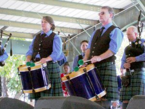 Silver Thistle Drums and Pipes